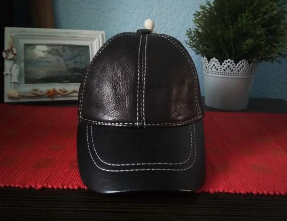 Skórzana czapka z daszkiem