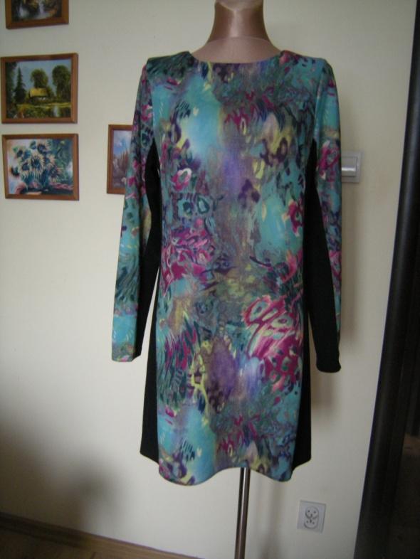 dzianinowa sukienka 40