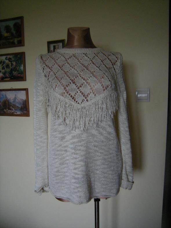 sliczny sweterek New Look 40