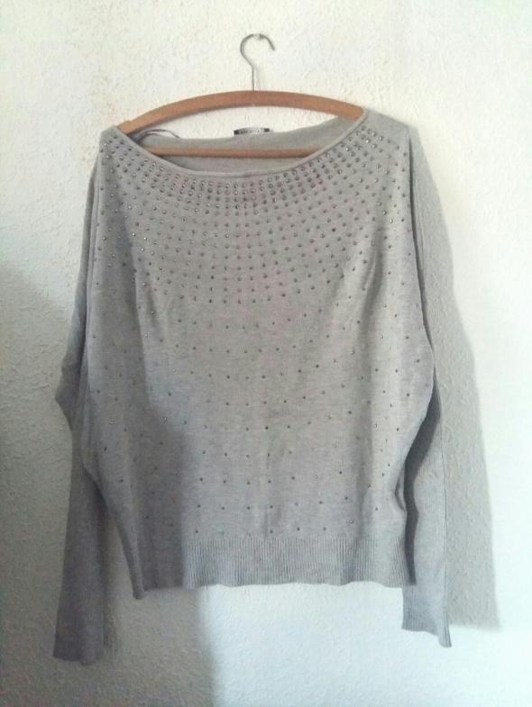 Szary sweter perełki 38 M orsay