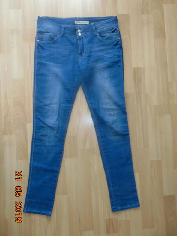 Wyprzedaż używane jeansy