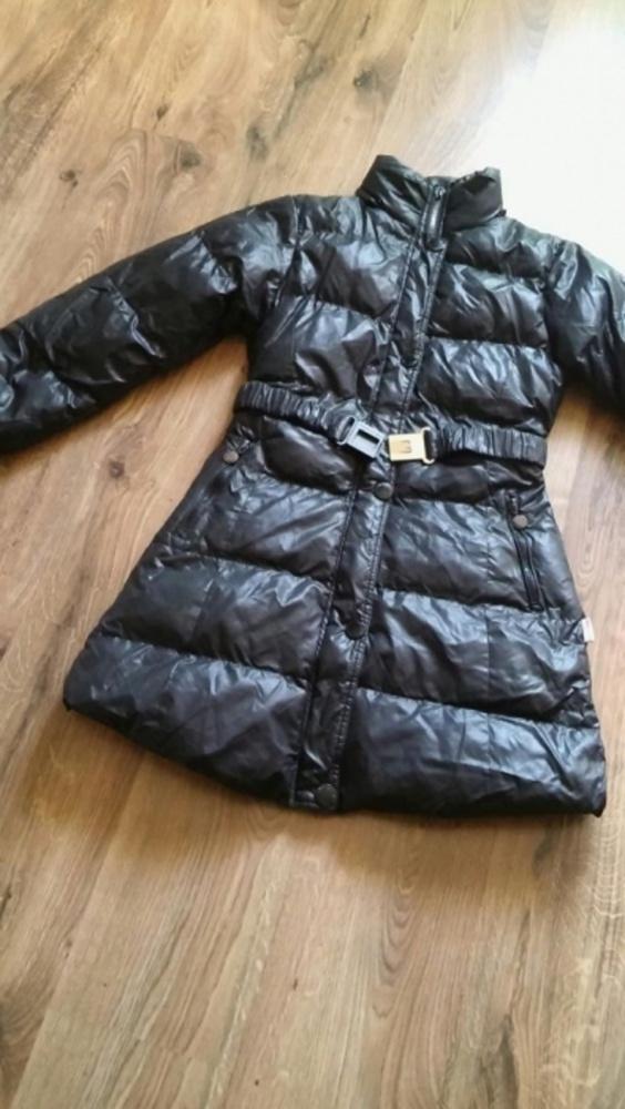 Czarna pikowana kurtka 34