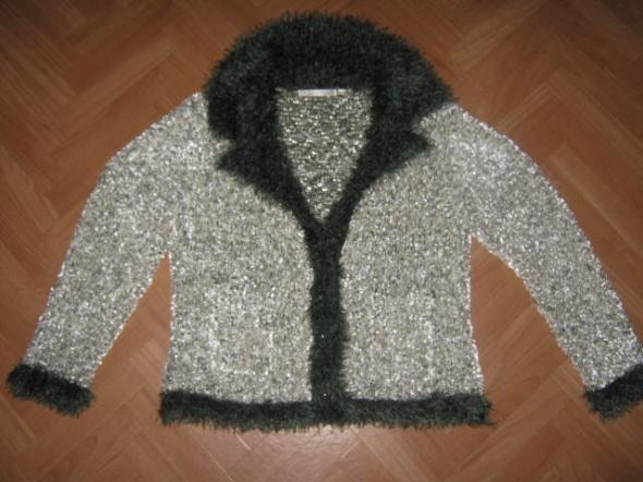Wiosenny cieplutki sweterek włochaty rozmiar 42