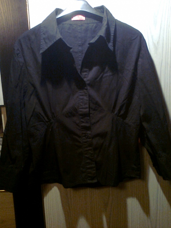 czarna koszula TRL