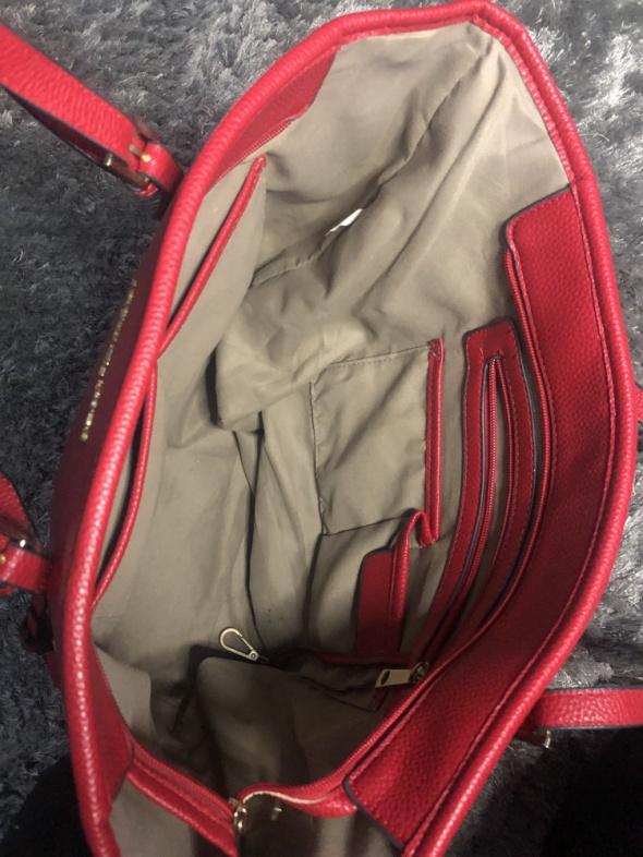 Czerwona torebka modny wzór MK stan bardzo dobry