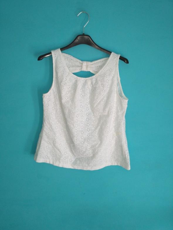 Biała bluzka bez rękawów 36