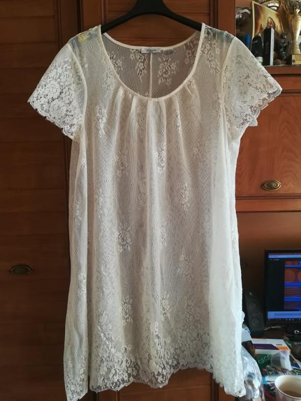 Redoute prześliczna koronkowa sukienka ecru 48 50