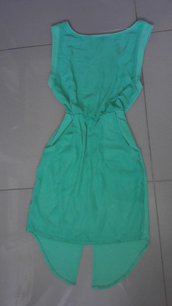 Pistacjowa sukienka Zara z wycieciem na plecach M...