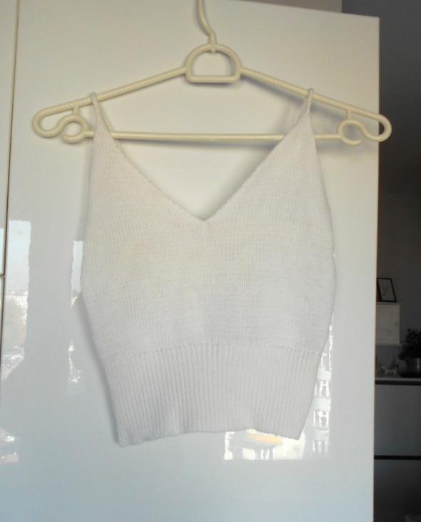 vintage dzianinowy biały sweterkowy top retro