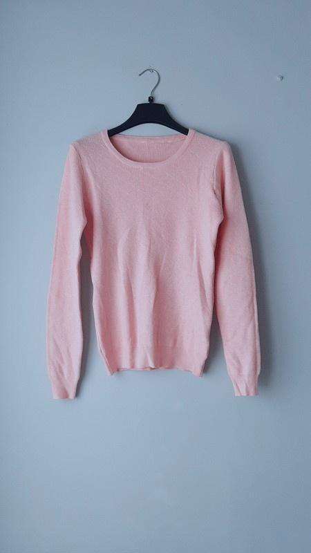Idealny sweterek pudrowy róż S