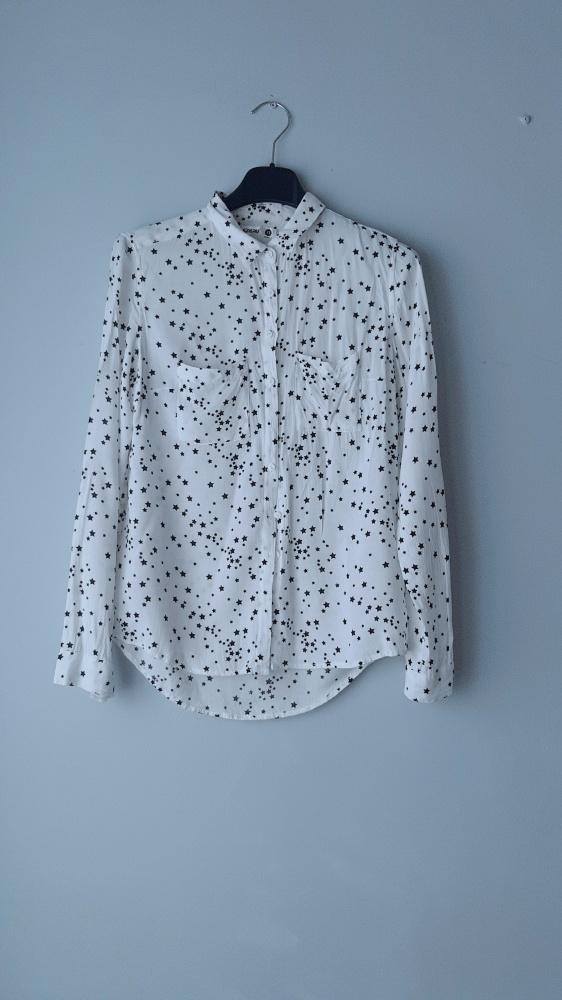 Biała koszula w gwiazdki sinsay