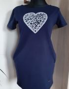 Sukienka z sercem...