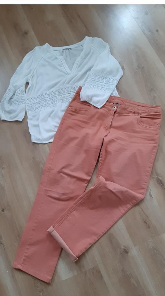 Łososiowe jeansy...