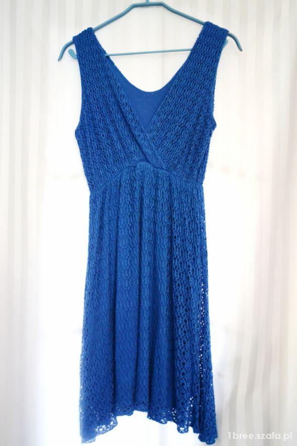 Sukienka S piękny kolor