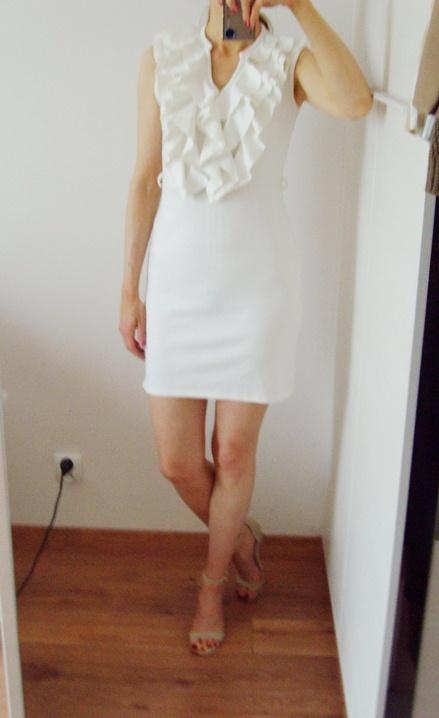 Sukienka letnia falbanki z falbanką biała 36
