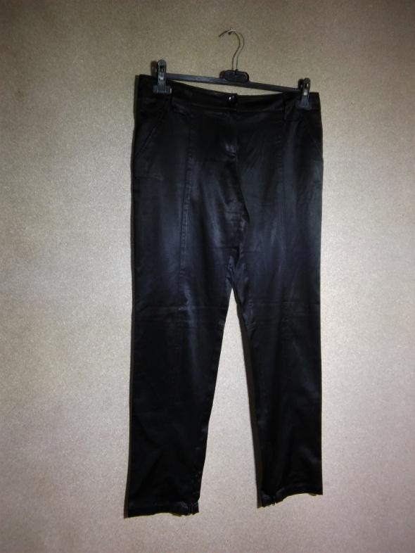 Czarne eleganckie satynowe spodnie Calliope 38