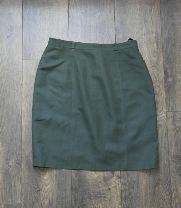 Zielona spódnica prosta 40...