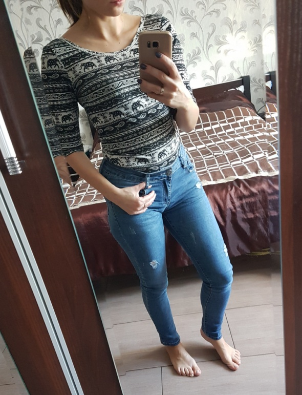 jeansy przetarcia...