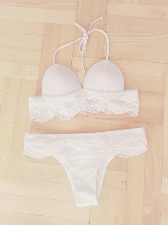 NOWY nieużywany biały koronkowy dwuczęściowy strój kąpielowy 34 XS 36 S bikini