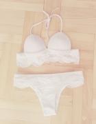 NOWY nieużywany biały koronkowy dwuczęściowy strój kąpielowy 34...