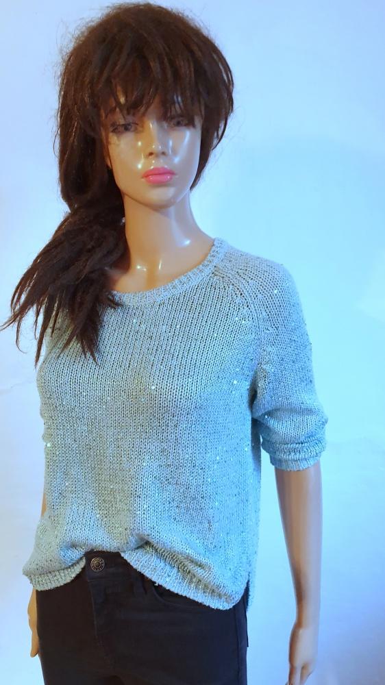 Jasnoniebieski sweterek r S