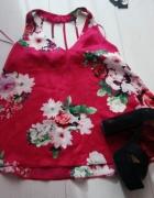 Satynowa bluza w kwiaty...