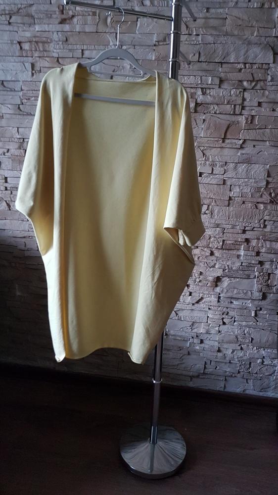 Żółta narzutka