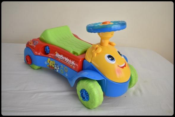 Zabawka samochodzik jeździk pchacz Baby walk...