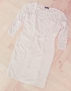 Pudrowa sukienka mini koronkowa XS XXS...