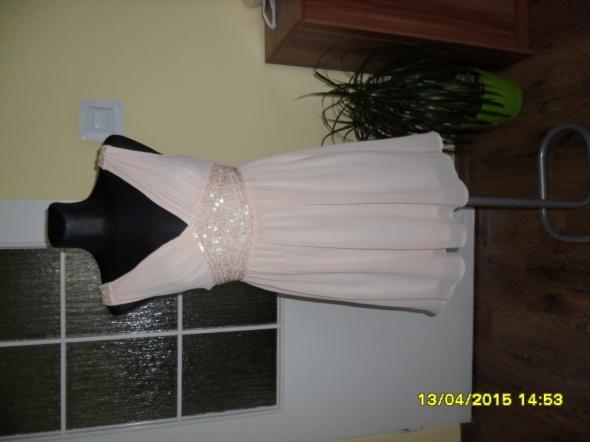 Zwiewna sukienka beżowe ecru nude SM