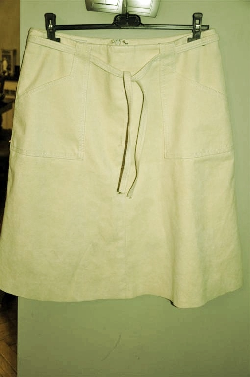 Spódnice jasnożółta spódnica zamszowa 44