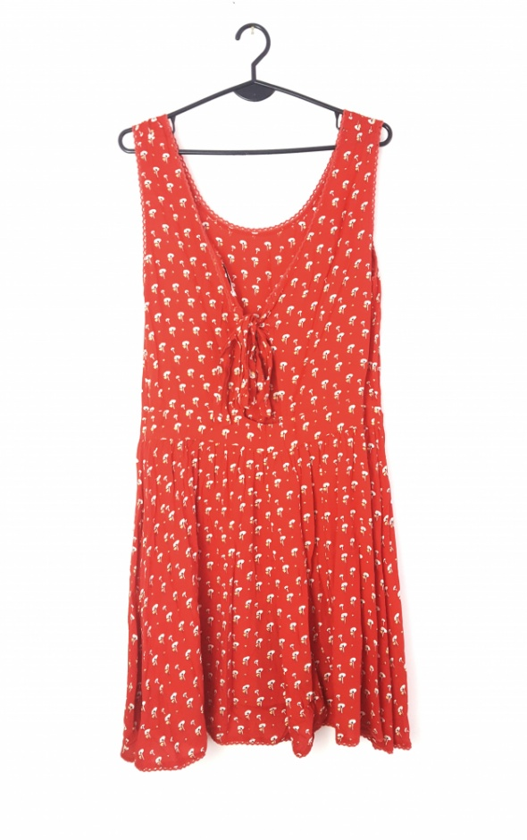 Czerwona sukienka w kwiaty retro vintage floral L wiązanie