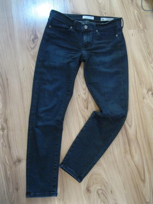 spodnie jeans rurki BANANA REPUBLIC 28 granat 7 na 8...