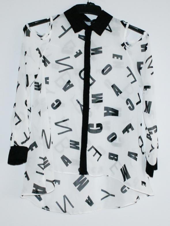 kontrastowa koszula w litery XS