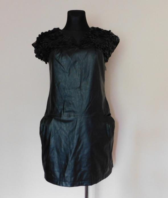 Yoshe czarna sukienka mini eko skóra 38