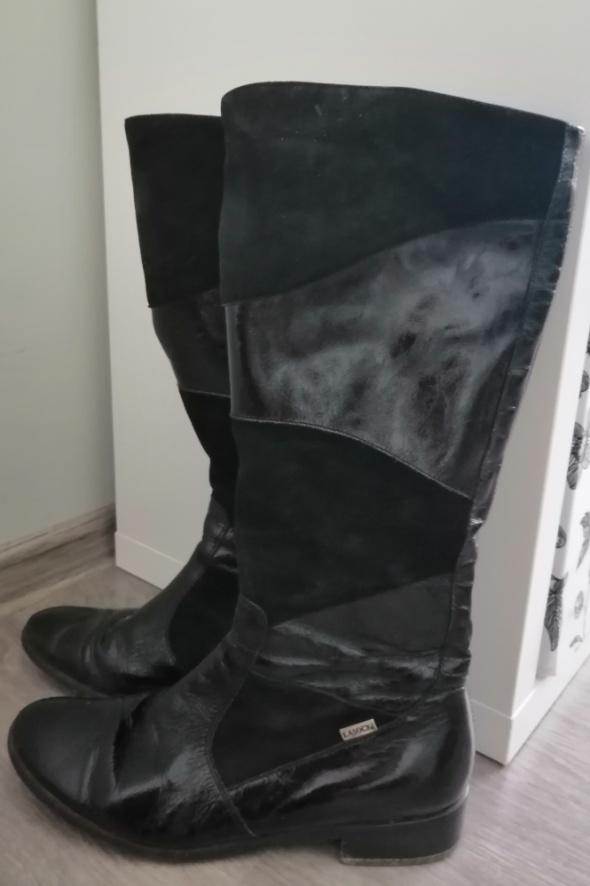 Skórzane czarne lakierowane oficerki lasocki