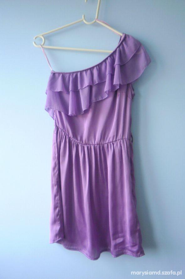 Suknie i sukienki Bik Bok fioletowa szyfono na jedno ramię falbanka