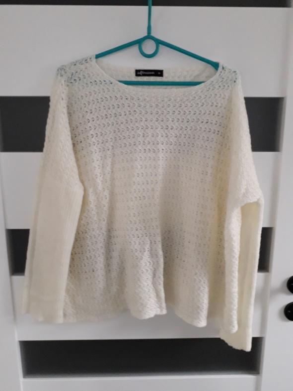 Swetry Bezowy sweter oversize rozm z metki M