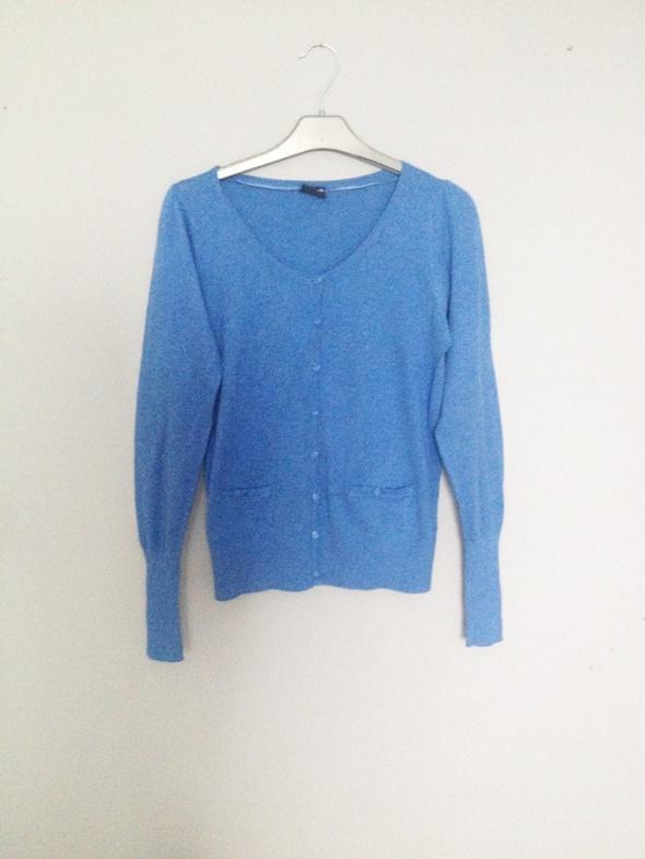 niebieski sweterek M guziki klasyczny kardigan...