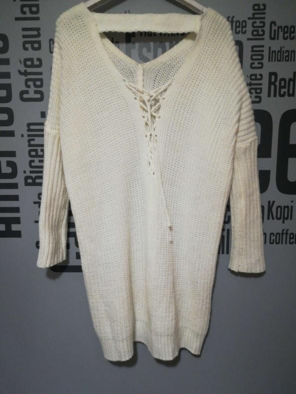 Dlugi sweter tunika bialy rozm XS do M