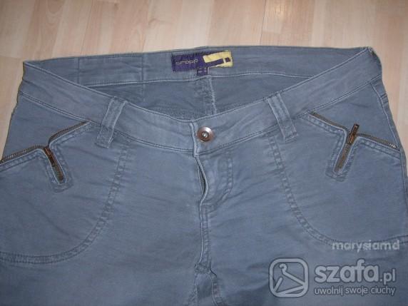 Szare spodnie ZIP...