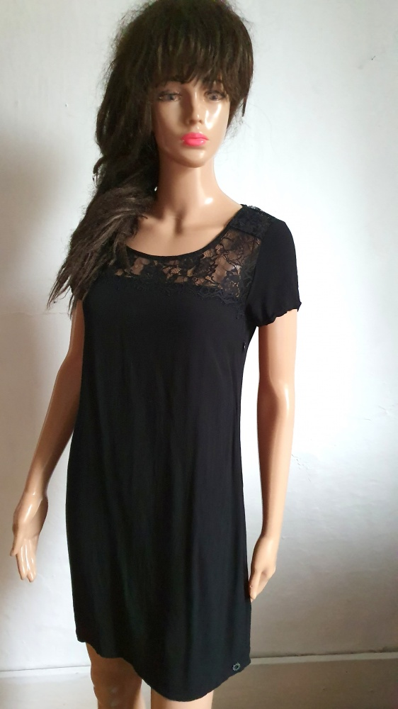 Czarna prosta sukienka r XS...