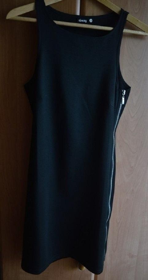 Suknie i sukienki Mała czarna SinSay rozmiar 36