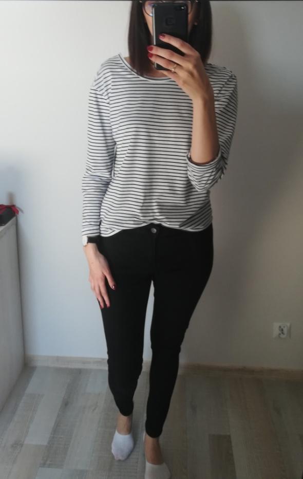 Spodnie Czarne rurki CUBUS