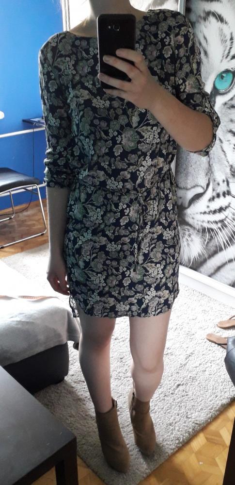 Sukienka kwiaty floral Top Secret 34 wiązana w talii dłuższy ty...