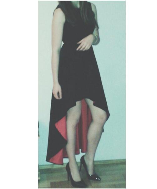 Asymetryczna suknia wieczorowa S...