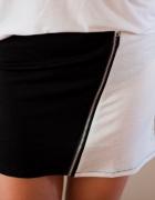 Biało czarna obcisła spódnica z zamkiem...