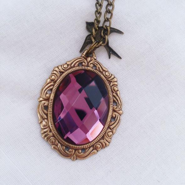 Ozdobny naszyjnik z fioletowym oczkiem MadamLili