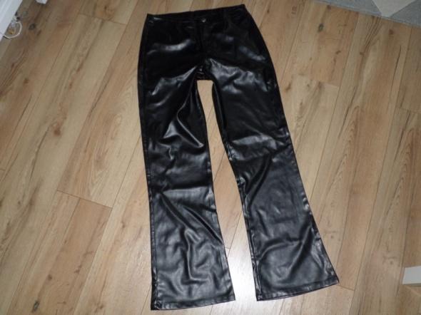 rozm 38 CROSS NOWE spodnie imitacja skóry