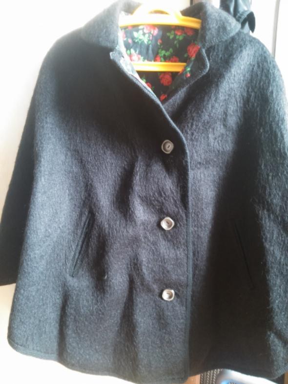 Płaszcz poncho rozmiar uniwersalny